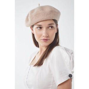 NEW! Urban Outfitters Wool Beret Hat in Beige